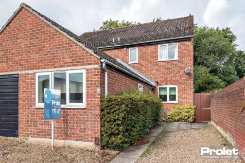 Howlett Drive, Norwich, NR5 9BZ. 3 bedroom semi-detached house