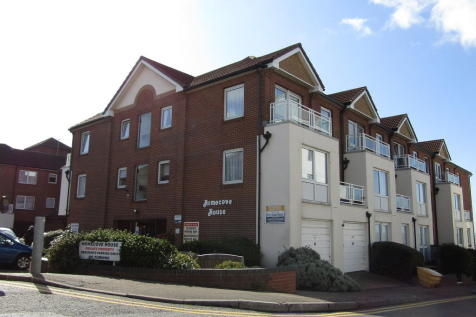 Homecove House, Holland Road, Westcliff-on-Sea. 1 bedroom retirement property