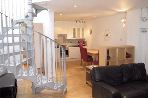 BROUGHTON PLACE LANE, EH1 3RS. 2 bedroom flat
