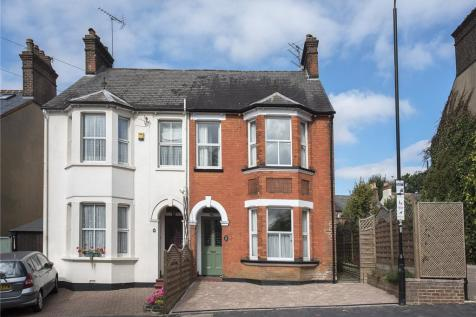 Upper Lattimore Road, St. Albans, Hertfordshire, AL1. 3 bedroom semi-detached house