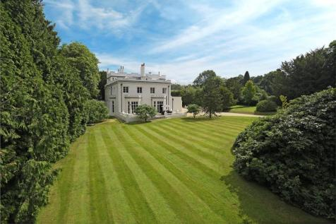 Turners Hill Road, Worth, West Sussex, RH10. 6 bedroom detached house for sale