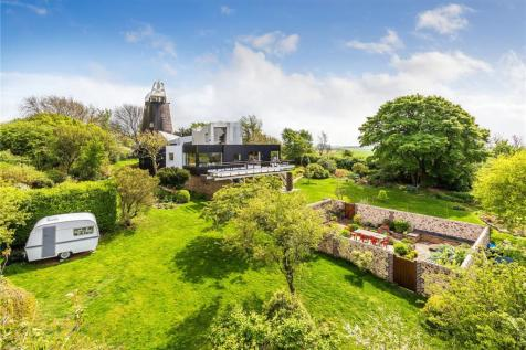 Mill Lane, Clayton, West Sussex, BN6. 7 bedroom house for sale