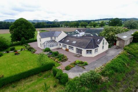 Pleasance of Cargen, Islesteps, Dumfries, DG2 8EU copy. 4 bedroom equestrian facility for sale