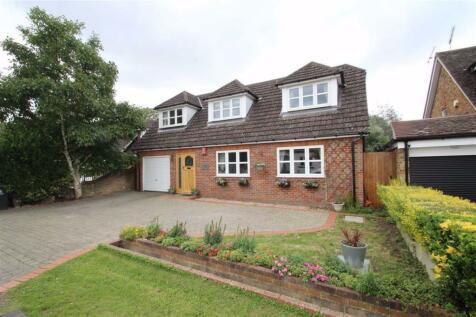 Willow Crescent, Denham, South Bucks. 5 bedroom detached bungalow