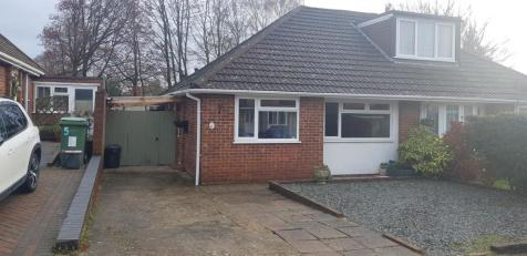Merton Road, Maidstone, ME15. 2 bedroom bungalow for sale