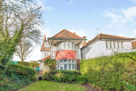 Finchley Road, London, NW11. 7 bedroom detached house for sale