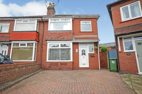 Trevor Grove, Stockport, SK1. 3 bedroom semi-detached house for sale