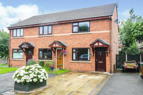 Brookfield Avenue, Stockport, SK1. 2 bedroom semi-detached house for sale