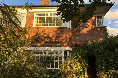 Shrewsbury Lane, London, SE18. 3 bedroom semi-detached house