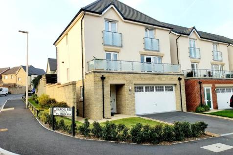 Cloakham Drive, Axminster, EX13. 4 bedroom detached house