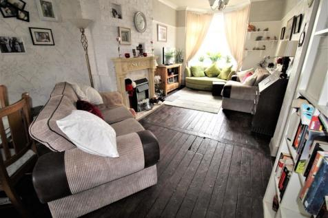 Orwell Street, Middlesbrough, TS1. 3 bedroom terraced house