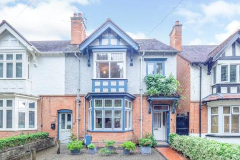 Grove Road, Stratford-upon-Avon, CV37. 5 bedroom semi-detached house for sale