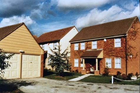 Garland Way, Hornchurch, RM11. 6 bedroom detached house for sale