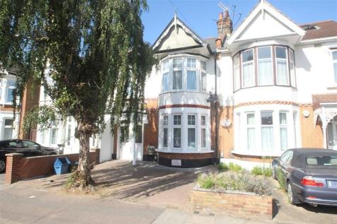 Coventry Road, Ilford, IG1. 2 bedroom flat