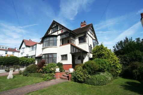 Kings Road, Chalkwell, Westcliff-on-Sea. 5 bedroom semi-detached house