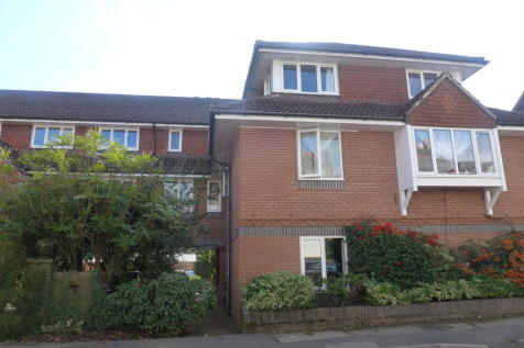 Millgate Court, Guildford Road. 2 bedroom apartment