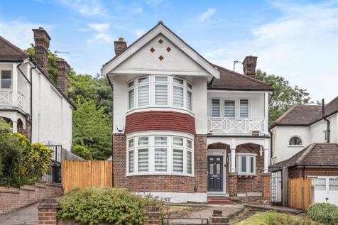 Old Park Ridings, London. 4 bedroom detached house