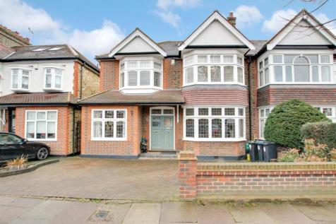 Park Drive, London N21, winchmore hill property