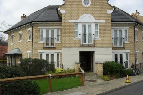 5 St Matthews Gardens. 1 bedroom flat