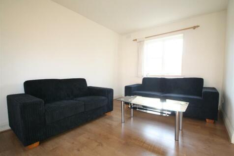 Queens Terrace, Cephas Street, Whitechapel. 4 bedroom house