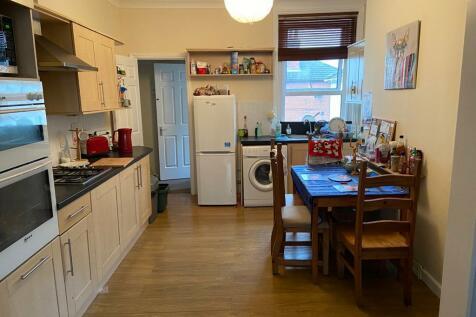 Portswood Road, Southampton. 2 bedroom property