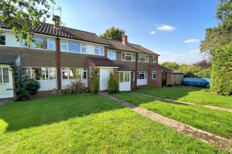 Gingers Close, Cranleigh. 3 bedroom terraced house