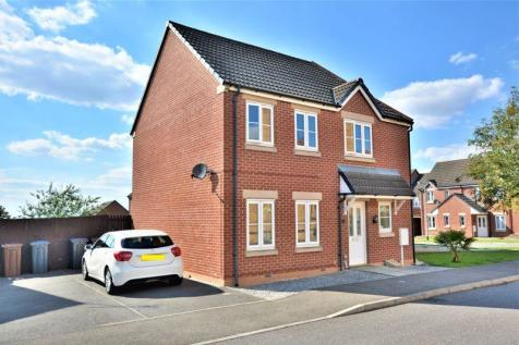 Mercer Drive, St George's Park, Lincoln. 3 bedroom end of terrace house for sale