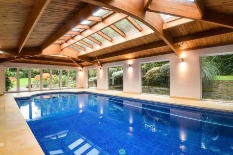 Ascot, Berkshire, SL5. 5 bedroom detached house for sale