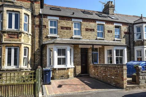 New Hinksey, Oxford, OX1. 4 bedroom terraced house