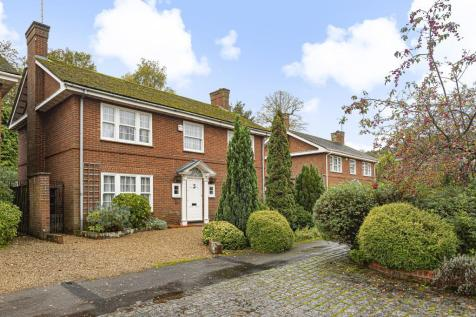 Henley-On-Thames, South Oxfordshire, RG9. 3 bedroom detached house for sale