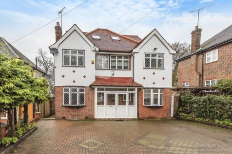 Uxbridge Road,Harrow,HA3. 7 bedroom detached house