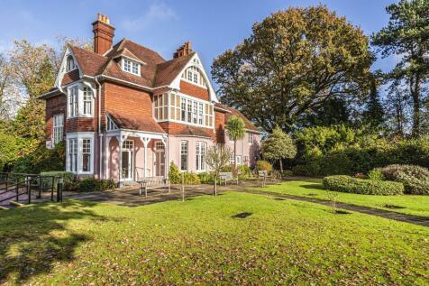Sunningdale, Berkshire, SL5. 1 bedroom flat for sale