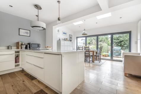 Surbiton, Kingston Upon Thames, KT6. 4 bedroom terraced house