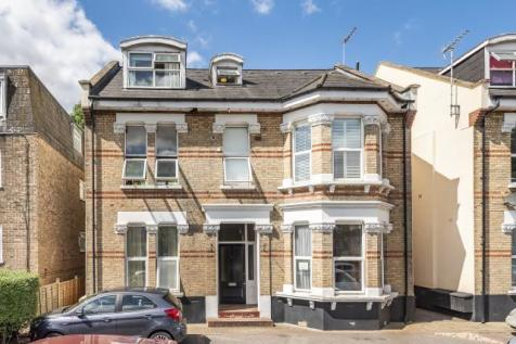 Surbiton, Surrey, KT5. 1 bedroom flat