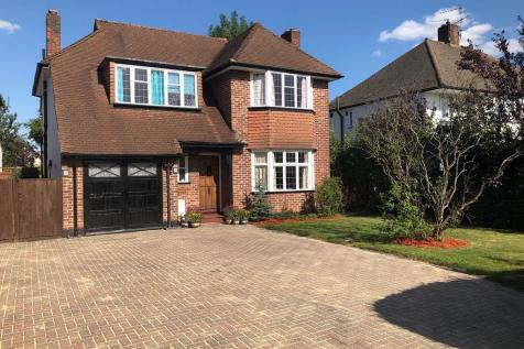 New Malden, Kingston upon Thames, KT3. 5 bedroom detached house