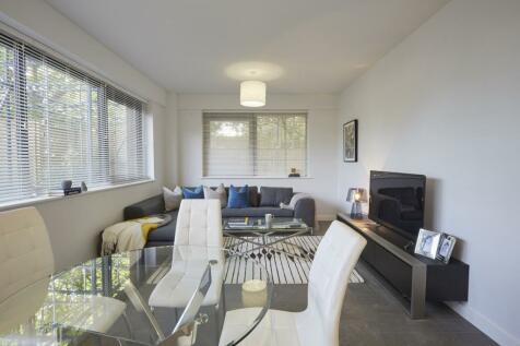Everard Close St. Albans AL1. 2 bedroom apartment