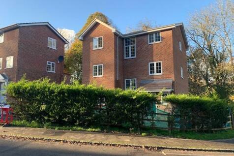 Henley on Thames, Oxfordshire, RG9. 4 bedroom detached house