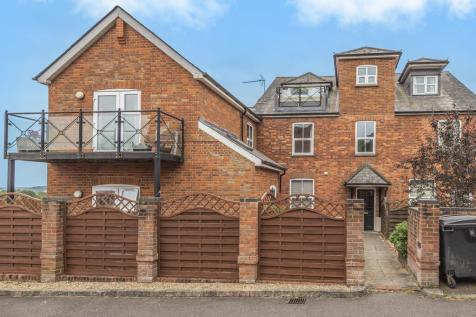 St. Dunstans Court, High Wycombe, HP13. 1 bedroom apartment