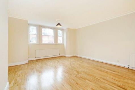 East Twickenham, Middlesex, TW1. 2 bedroom apartment