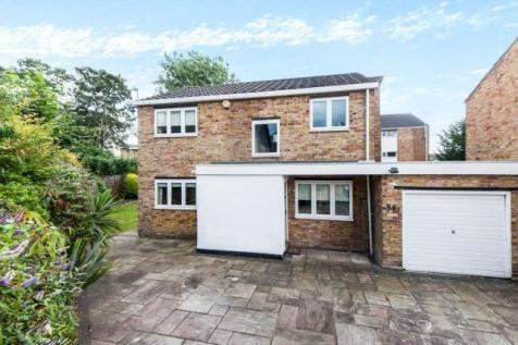 Surbiton, Surrey, KT1. 4 bedroom detached house