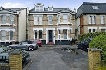 The Avenue, Surbiton, KT5. 2 bedroom apartment