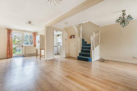 New Malden, Kingston upon Thames, KT3. 4 bedroom semi-detached house