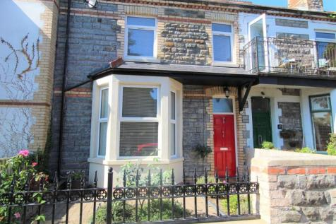 St. Augustines Place, Penarth, CF64 1BJ. 3 bedroom terraced house