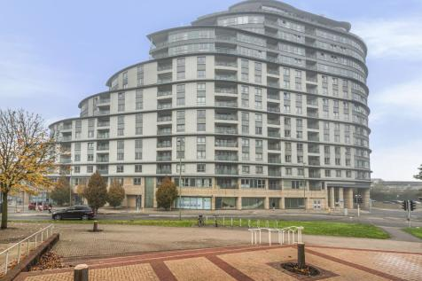 Station Approach, Woking, GU22. 2 bedroom apartment