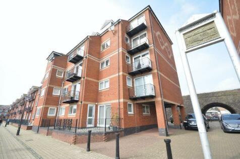 2 Dewsbury Court, Swansea, SA1 3XF. 2 bedroom flat for sale