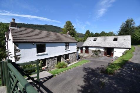 Ty Canol Farm, Cynonville, Port Talbot. 7 bedroom detached house