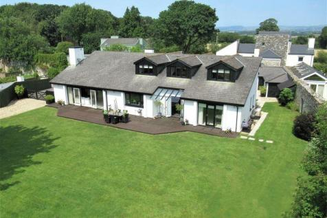 Little Haven, Cowbridge, The Vale of Glamorgan, CF71 7NS. 5 bedroom detached bungalow