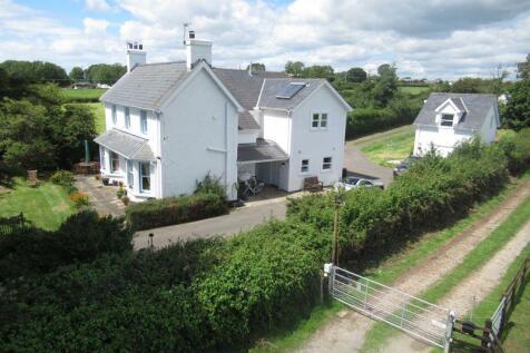 Morawelon, St. Hilary, Cowbridge, The Vale of Glamorgan CF71 7DP. 6 bedroom detached house