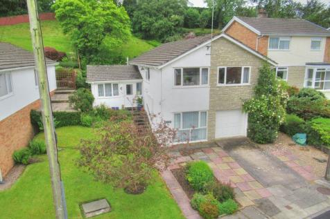 18 Mill Park, Cowbridge, CF71 7BG. 4 bedroom detached house