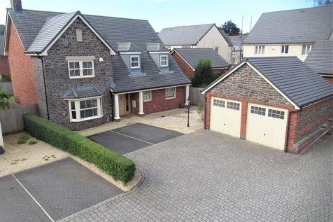 Norand House, Town Mill Road, Cowbridge, The Vale of Glamorgan, CF71 7BE. 4 bedroom detached house for sale